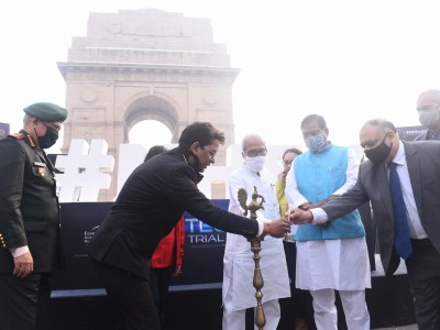 Electric Vehicle Assembly At India Gate To Perform TECH-Trial Run Of E-Highway