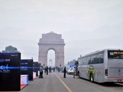 How MG Motor's 'FAKE NEWS' stir up controversy : CDS Gen Rawat flagging-of Chinese Car at India Gate